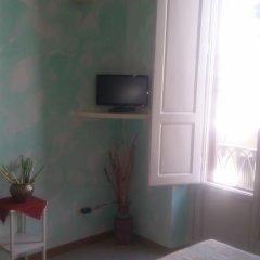 Отель Residenza il Maggio Стандартный номер с двуспальной кроватью фото 34