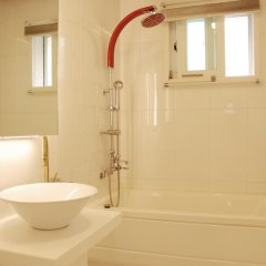 Отель The Mei Haus Hongdae 3* Стандартный семейный номер с двуспальной кроватью фото 16