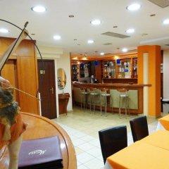 Faros 2 Hotel гостиничный бар