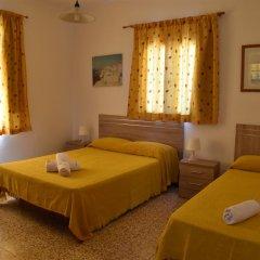 Отель Pensión Eva Стандартный номер с различными типами кроватей фото 3