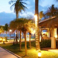 Отель The Sea House Beach Resort