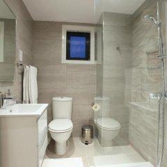 Отель Green Bay Villa Кипр, Протарас - отзывы, цены и фото номеров - забронировать отель Green Bay Villa онлайн ванная фото 2
