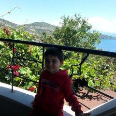 Taş Ev Butik Hotel Турция, Дикили - отзывы, цены и фото номеров - забронировать отель Taş Ev Butik Hotel онлайн балкон