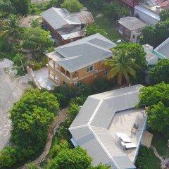 Отель Brytan Villa Ямайка, Треже-Бич - отзывы, цены и фото номеров - забронировать отель Brytan Villa онлайн бассейн
