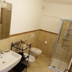 Отель Casina Bardoscia Relais Кутрофьяно ванная