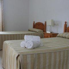 Отель Hostal El Arco Стандартный номер с различными типами кроватей