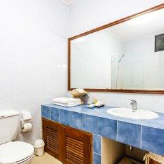 Отель Kamala Beach Estate ванная фото 2