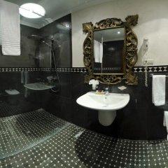 Ambassadori Hotel Tbilisi 5* Стандартный номер с двуспальной кроватью фото 3