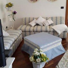 Отель Betì House Fiera Airport Guesthouse Апартаменты с различными типами кроватей фото 32