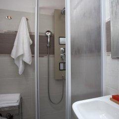 Отель Casa Cosi Pazzi Италия, Флоренция - отзывы, цены и фото номеров - забронировать отель Casa Cosi Pazzi онлайн ванная фото 2