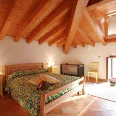 Отель Agriturismo La Filanda Манерба-дель-Гарда комната для гостей фото 3