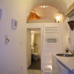 Отель Aeolos Studios and Suites Студия с различными типами кроватей фото 2