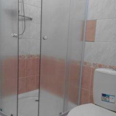 Гостиница Little House With Garden ванная