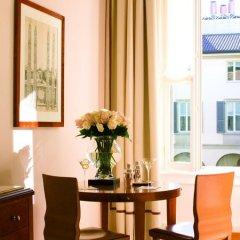Four Seasons Hotel Milano 5* Полулюкс с различными типами кроватей фото 10