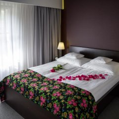 Отель Rezydencja Sienkiewiczówka 3* Апартаменты с различными типами кроватей фото 7