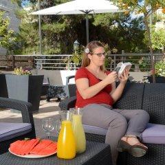 A Little House In Rechavia Израиль, Иерусалим - отзывы, цены и фото номеров - забронировать отель A Little House In Rechavia онлайн бассейн