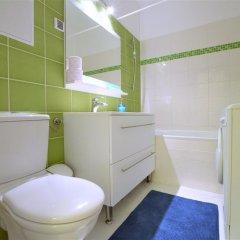 Апартаменты Corvin Apartment Budapest ванная фото 2