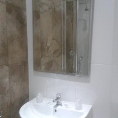115 The Strand Hotel & Suites Гзира ванная фото 2
