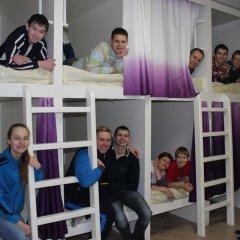 Хостел Friday Кровать в женском общем номере с двухъярусными кроватями фото 13