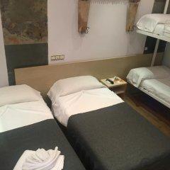 Отель Hostal La Plata комната для гостей фото 2