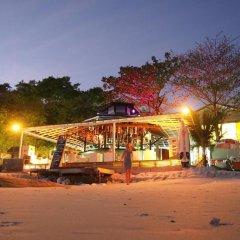 Отель Nong Nuey Rooms Таиланд, Ко Самет - отзывы, цены и фото номеров - забронировать отель Nong Nuey Rooms онлайн гостиничный бар