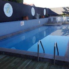 Отель Kowhai & Colonial Motel бассейн фото 3