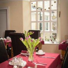 Отель Rosedale Guest House питание фото 3