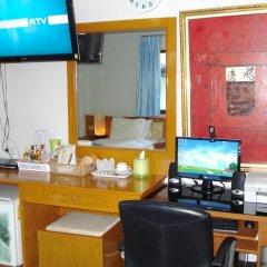 Отель Lamai Guesthouse 3* Номер Делюкс с двуспальной кроватью фото 4