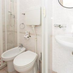 Апартаменты Residence 2 Studio & Suites ванная фото 3