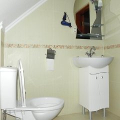 Гостиница Отельно-оздоровительный комплекс Скольмо 3* Стандартный семейный номер разные типы кроватей фото 34