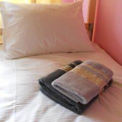 Хостел SunShine Кровать в общем номере с двухъярусной кроватью