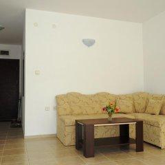 Апартаменты Natalia Apartment in Vista Del Mar 2 Свети Влас комната для гостей фото 3
