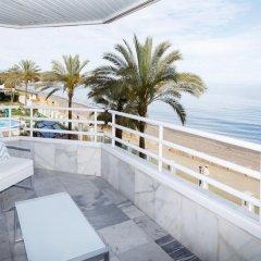 Отель Coral Beach Aparthotel 4* Улучшенные апартаменты с различными типами кроватей фото 19