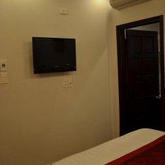 Hong Thien Backpackers Hotel 2* Стандартный номер с двуспальной кроватью фото 5