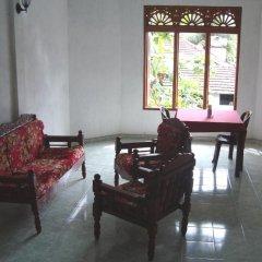 Отель Green Garden Guest House Шри-Ланка, Берувела - 1 отзыв об отеле, цены и фото номеров - забронировать отель Green Garden Guest House онлайн комната для гостей фото 4