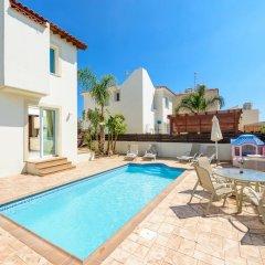 Отель Villa Amanda Кипр, Протарас - отзывы, цены и фото номеров - забронировать отель Villa Amanda онлайн бассейн