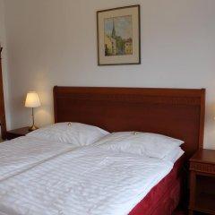 Отель Amadeus Pension 3* Стандартный номер с двуспальной кроватью фото 3