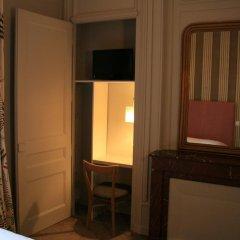 Отель Hôtel Vaubecour Франция, Лион - отзывы, цены и фото номеров - забронировать отель Hôtel Vaubecour онлайн удобства в номере фото 2