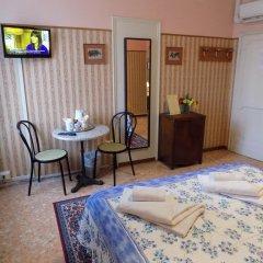 Отель Soggiorno Pitti 3* Стандартный номер с двуспальной кроватью (общая ванная комната) фото 11