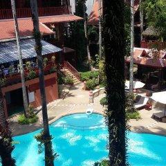 Отель Royal Phawadee Village бассейн фото 3
