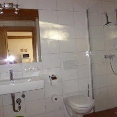 Отель Ferienwohnungen Doktorwirt Зальцбург ванная фото 2