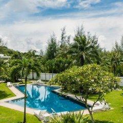 Отель Suan Tua Estate бассейн