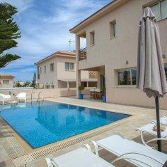 Отель Villa Michelle 2 Кипр, Протарас - отзывы, цены и фото номеров - забронировать отель Villa Michelle 2 онлайн бассейн фото 2