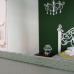 Отель Amber Rooms Стандартный номер с двуспальной кроватью (общая ванная комната) фото 4