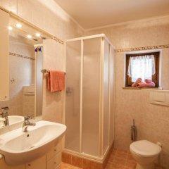 Отель Appartements Kirchtalhof Лана ванная фото 2