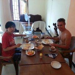 Seetha's Hostel питание