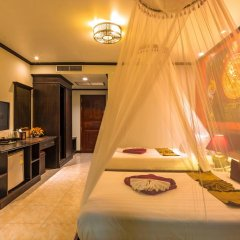 Tanawan Phuket Hotel 3* Улучшенный номер с двуспальной кроватью фото 2