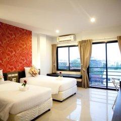 Chill Patong Hotel 3* Улучшенный номер с двуспальной кроватью фото 5