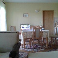 Отель Guesthouse Gostilitsa Боженци комната для гостей фото 3