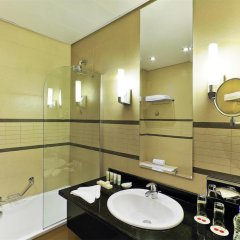Отель Four Points by Sheraton Lagos ванная фото 2